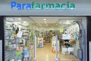 Una farmacia (o parafarmacia) che vende un galenico a un'altra farmacia (o parafarmacia) – QUESITO