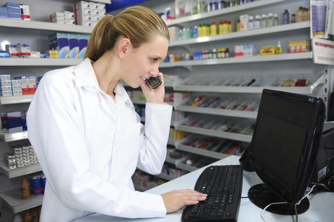 """Gli adempimenti fiscali previsti nel caso in cui il pc della farmacia diventi un bene """"privato"""" – QUESITO"""