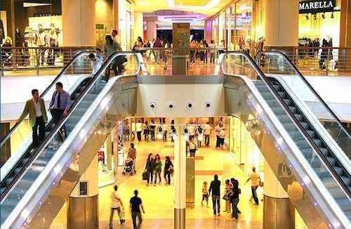L'apertura all'interno del centro commerciale della nuova farmacia – QUESITO