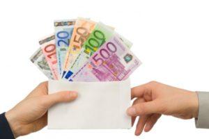La restituzione al datore di lavoro di retribuzioni indebitamente percepite…